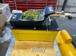 10500 PSI Air over hydraulic Pump