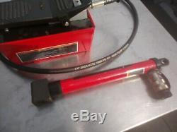 BVA Hydraulics PA1500 10K PSI Air Hydraulic Treadle Pump & BVA cylinder ram
