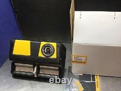ENERPAC XA12G Air/Hydraulic Foot Pump NEW