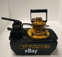 ENERPAC ZA4308MX PNEUMATIC AIR HYDRAULIC PUMP With MANUAL VALVE 700 BAR/10,000 PSI