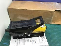 Enerpac 025399 Air Operated Hydraulic Pump For Parker 94C002PFD Crimper