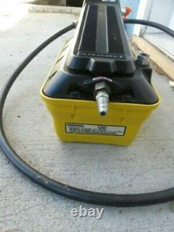 Enerpac 1z907 patg1102n turbo II hydraulic foot switch air pump 10000 psi
