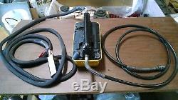 Enerpac PARG1102N Turbo II Air Powered Hydraulic Pump Porta Power with Hand Remote