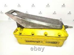 Enerpac PAT1102N TURBO Air hydraulic Hand/Foot operated pump, 700 Bar