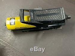 Enerpac Pa133 C30990 10,000psi Air Hydraulic Pump