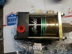 Haskel M-21 AIR DRIVEN LIQUID/ FLUID PUMP 2600 PSI MAX WP 211 RATIO (1)