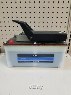 OTC 4020 Foot Pedal Air Powered Hydraulic Pump 10,000psi