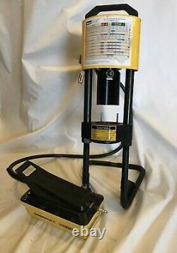 Parker Karrykrimp Hose Crimper with Enerpac 82C-0AP Turbo II Air Hydraulic Pump