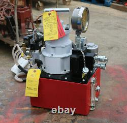 Power Team PTM RWP55-IBT-AIR PNEUMATIC HYDRAULIC PUMP for TORQUE