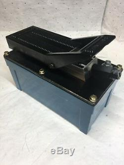 TEMCo Air Hydraulic Pump Power Pack Unit 10,000 PSI 103 in3 Cap USED